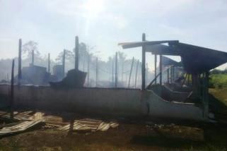 Enam petak rumah di Nabire ludes terbakar