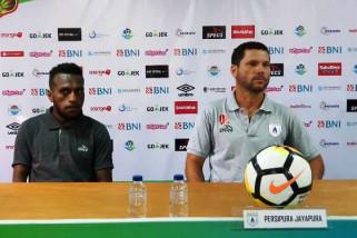 Pelatih Persipura optimistis dapat mencuri poin di kandang Bhayangkara FC