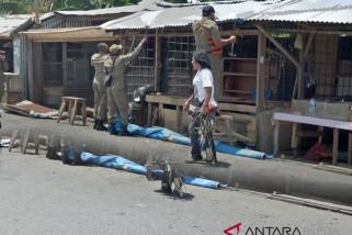 Pemkab Mimika tertibkan lapak liar di pasar sentral