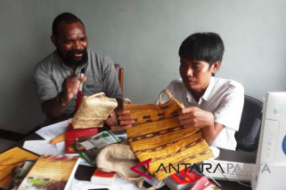 Titus Pekey agendakan pameran noken di Jayapura