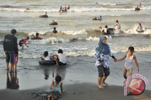 Libur Nyepi, warga Palu padati obyek wisata pantai