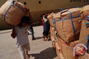 Buruh Sulteng Keluhkan Upah dan Jam Kerja