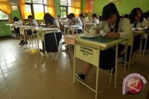Kelulusan UN SMP Kota Palu 99,27 Persen
