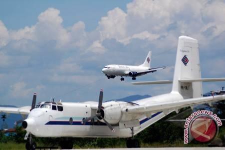 Puluhan Pilot Merpati Mengancam Mogok Terbang