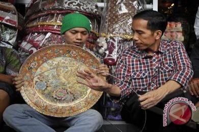 Jokowi Nyapres Rupiah Menguat