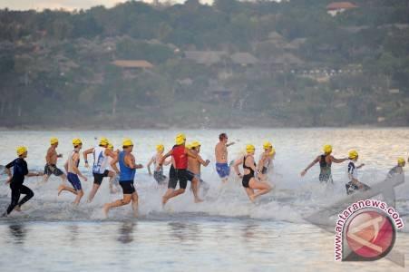 Turis Bali Tak Terusik Isu Tsunami