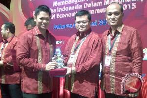 HIPMI Sulteng Dapat Penghargaan