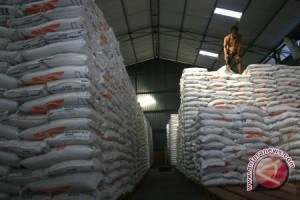 Bulog Sulteng baru serap 10.000 ton beras untuk stok nasional