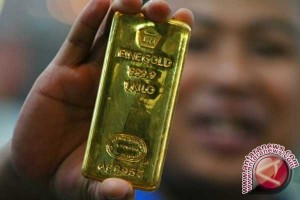 Emas berjangka sedikit menguat ditopang pelemahan dolar AS