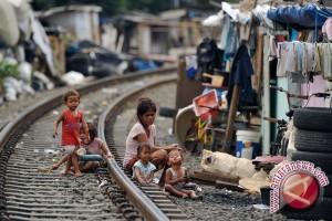 Kelahiran Anak Jalanan Sering Tak Tercatat