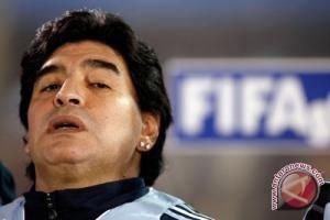 Maradona Harap Putranya Bermain Dengan Messi dan Aguero
