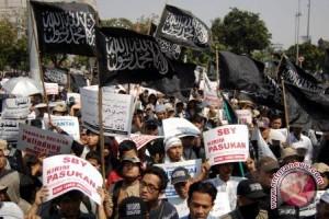 Massa HTI Gelar Aksi Solidaritas Rohingya