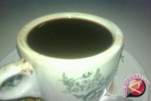 Wisman suka kopi khas dataran Kulawi