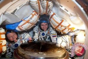 Bocah Tujuh Tahun Menyurati NASA