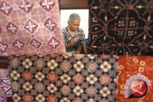 Batik dan tenun Indonesia merambah San Francisco