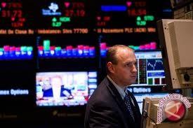 Wall Street Turun Di Tengah Data Ekonomi Bervariasi