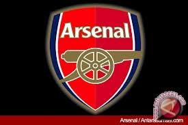 Tekuk Bournemouth 2-0, Arsenal Geser City