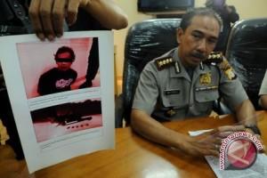 Teroris Makassar Diduga Jaringan Dari Poso