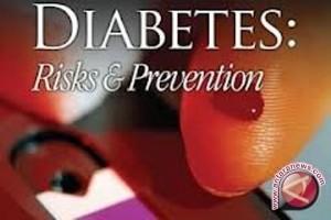 Cegah diabetes, batasi konsumsi gula 4 sendok makan sehari