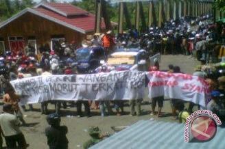 2.000 Warga Masyarakat Morowali Utara Pawai `Kemenangan`