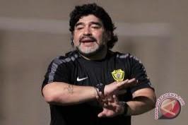 Maradona: Jangan Campur Politik Dengan Sepak Bola