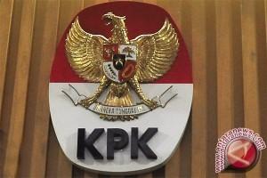 Yulianis ungkap komisioner KPK terima uang Nazaruddin