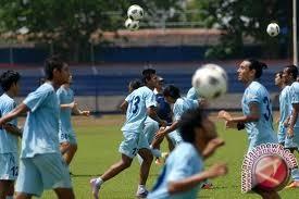 Persela menang 4-0 atas Madura United