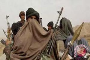 Serangan Udara Tewaskan Komandan Taliban