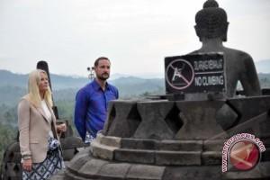 Melihat Halal bi Halal di Borobudur