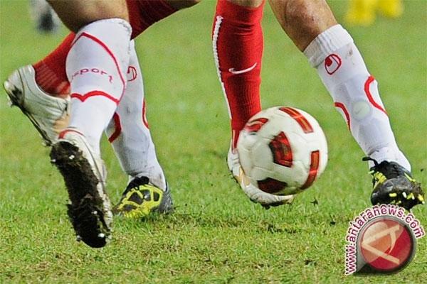 Sepak Bola - Pelatih Sulteng Optimistis Raih Tiket Ke PON