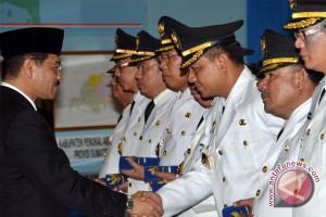 Mendagri Lantik Penjabat Banggai Laut