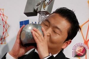 Kisah Psy Dituangkan dalam Komik