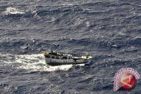 Imigrasi: Perahu Layar Turis Jerman Kehabisan BBM