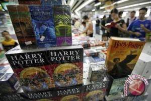 Edisi Pertama Harry Potter Laku Rp 2,2 Miliar