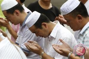 Pemimpin Muslim Prancis Minta Umat Tenang