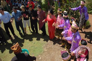 Festival Danau Poso Angkat Pesona Seribu Megalitikum