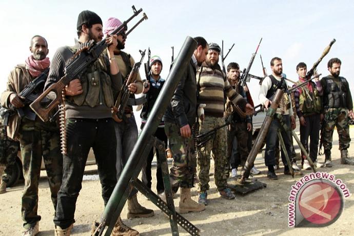 Rudal Gerilyawan Suriah Tewaskan 25 Orang
