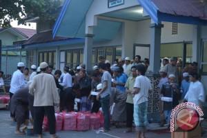 Stmik Adhi Guna-Yayasan Husnayain Buka Puasa Dengan Warga Binaan Lapas Petobo