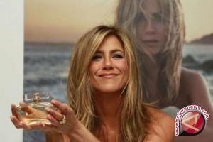 Jennifer Aniston Luruskan Isu Pernikahan