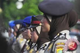 Polda Sulteng Tunggu Petunjuk Penggunaan Jilbab