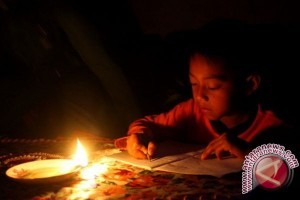 Warga Napu keluhkan listrik sering padam