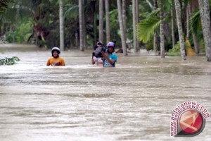 BPBD Tolitoli Salurkan Bantuan Korban Banjir