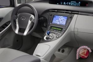 Toyota Tarik 1,9 Juta Mobil Prius di Seluruh Dunia