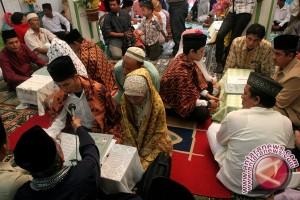 40 pasutri ikut nikah massal di Palu