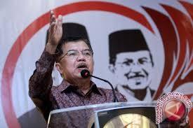 Jusuf Kalla tak acuhkan keriuhan survei cawapres