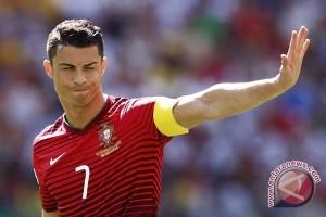 Ronaldo tertarik kembali ke Manchester United