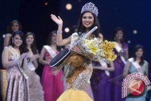 Miss Indonesia 2014 Hadiri Pawai Karnaval Budaya Sulbar