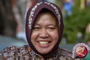 Risma siap dikritik untuk kebaikan Surabaya