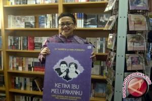 'Ketika Ibu Melupakanku', Buku Persembahan DY Suharya Di Hari Ibu
