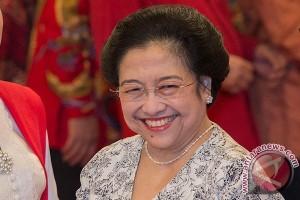 Megawati tidak silaturahmi terbuka, pejabat berdatangan